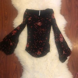 Free People XS Rayon blend floral bell sleeve top